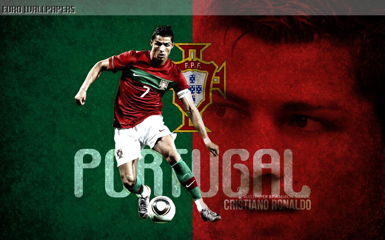 http://2.bp.blogspot.com/-5aYZWFiZBYQ/UGQcGzPfG7I/AAAAAAAAHMc/_4tF2SeibrA/s1600/Cristiano-Ronaldo-2012-wallpaper-32.jpg