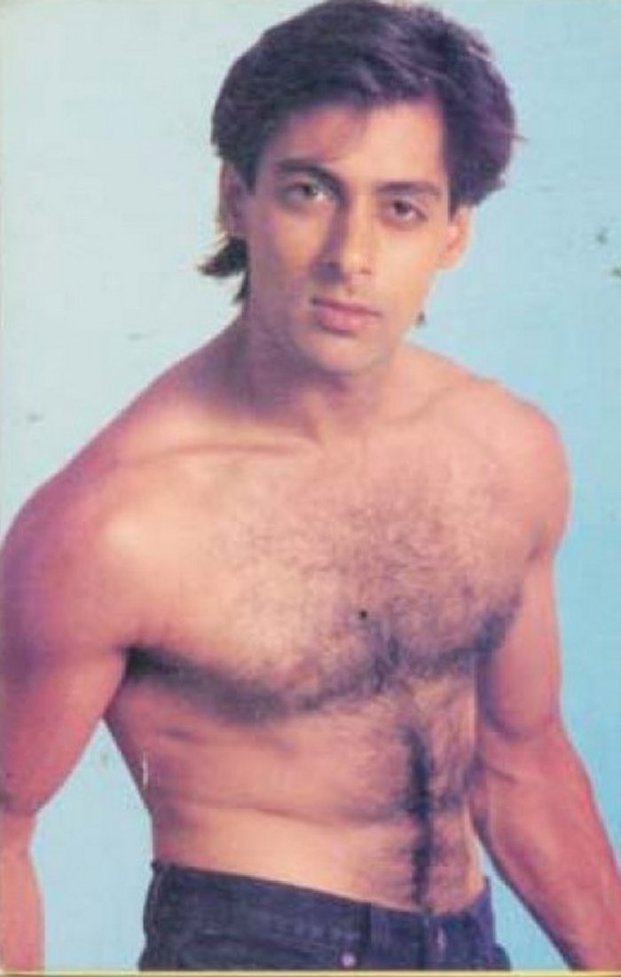 Salman khan show his nude cock