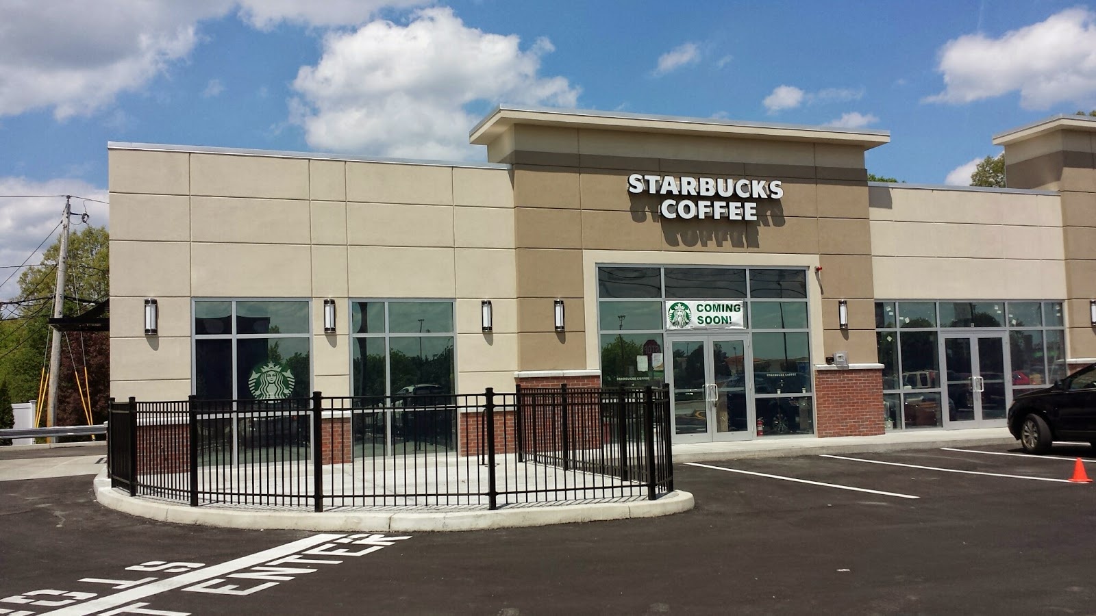 franklin matters reporting by walking around part photo essay starbucks is not yet open in its new location