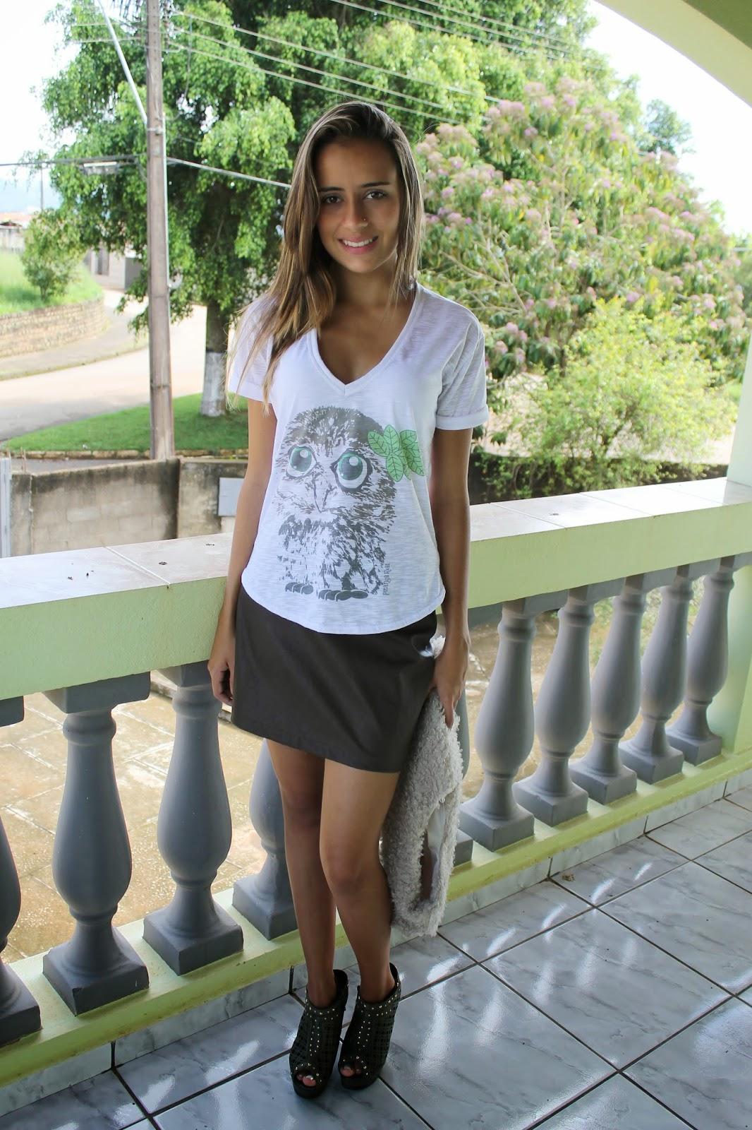 Camisetas e blusas femininas Pitanga Real em promoção