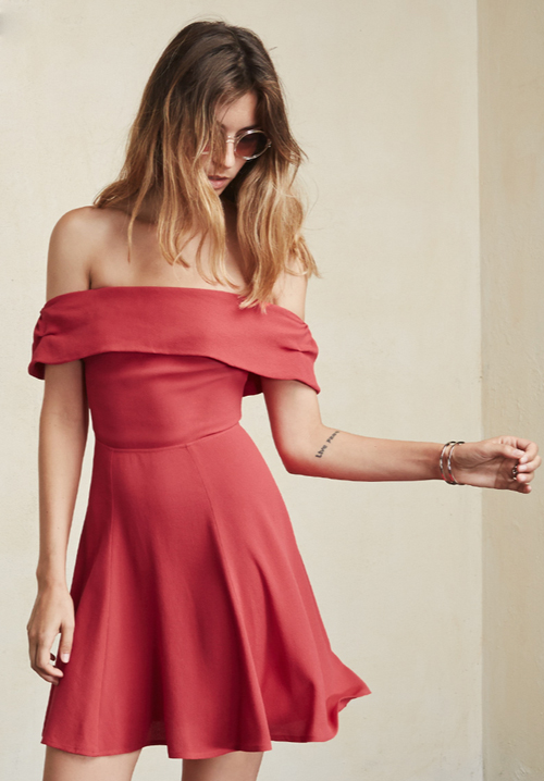 https://www.thereformation.com/products/canopy-dress-raspberry