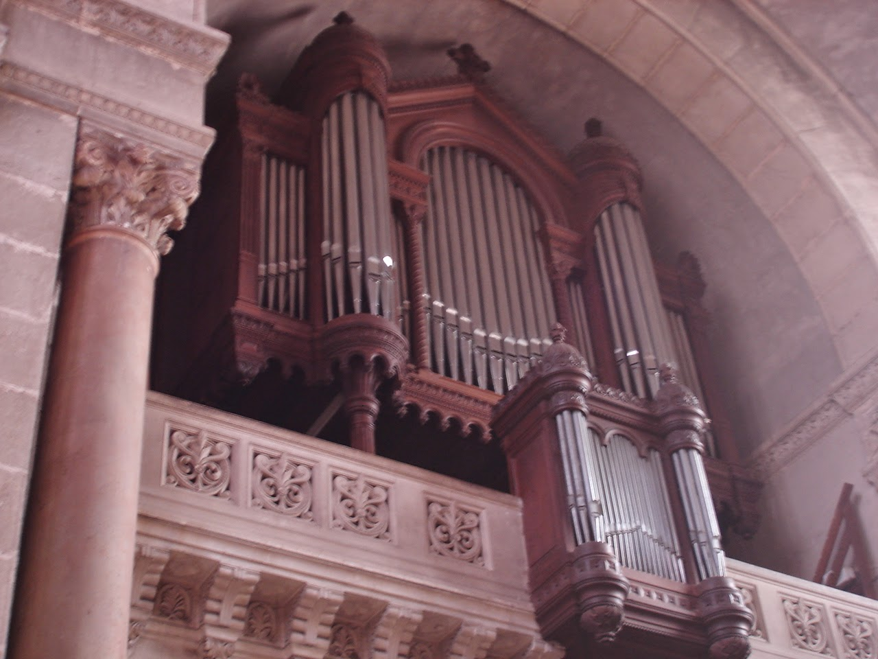 Grand orgue de la chapelle de Mongré