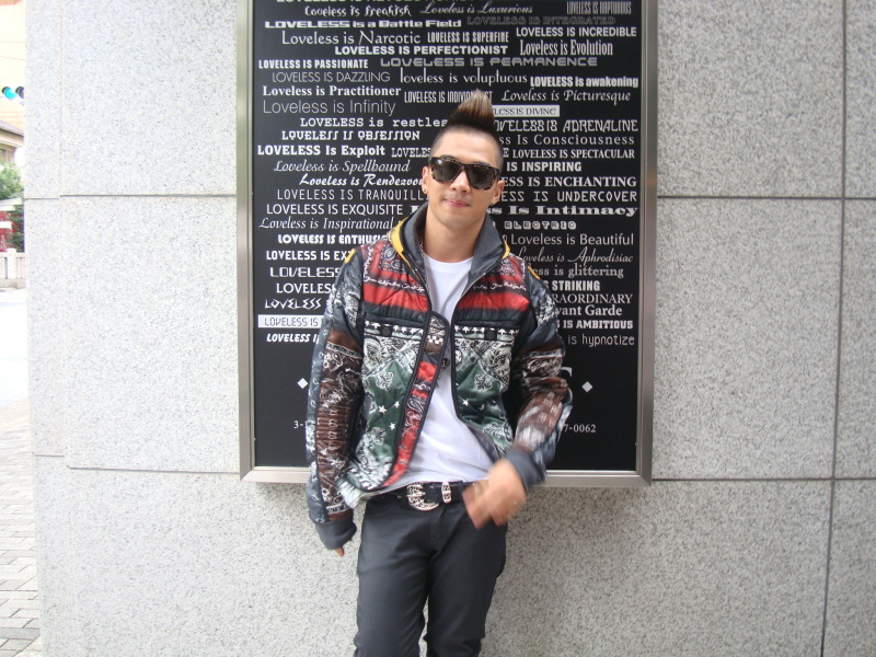 Taeyang  Photos Taeyang-went-shopping-in-japan-without-me-3