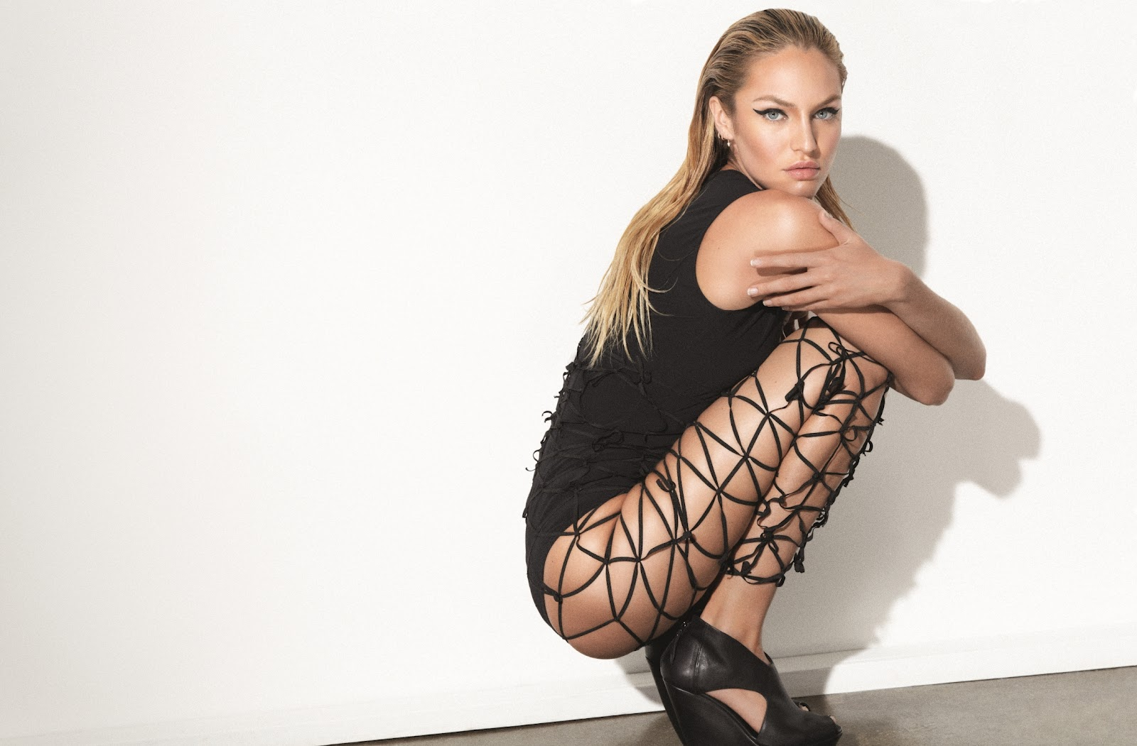 candy cane candice swanepoel by collier schorr for muse 30