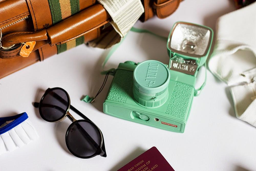 Fashion blogger uk holiday packing guide