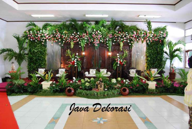 Contoh Dekorasi Pernikahan Pelaminan Minimalis Modern Tradisional Gebyok 3