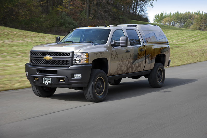 chevrolet silverado realtree concept it has the right to a commercial garage car. Black Bedroom Furniture Sets. Home Design Ideas