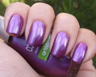 esmalte para uñas roxo metalico