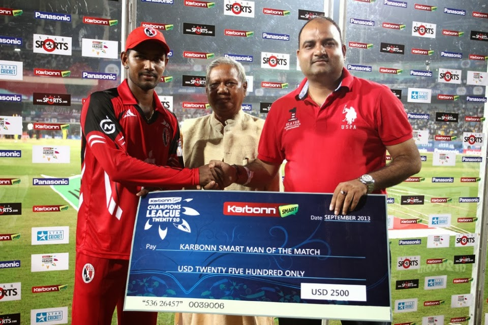 Denesh-Ramdin-Man-of-th-Match-Brisbane-Heat-vs-Trinidad-Tobago-M2-CLT20-2013