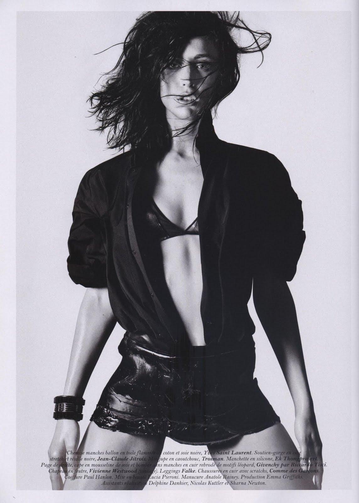 http://2.bp.blogspot.com/-5cIA4PzwWsg/TgNwuIR28AI/AAAAAAAAEao/Z-MgglYFIic/s1600/la+modella+mafia+Raquel+Zimmermann+-+Vogue+Paris%252C+June%253AJuly+2011+by+David+Sims+1.jpg