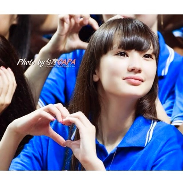 "Sabina Altynbekova Akui Dirinya Muslim, Jomblo dan ""Cinta Indonesia"""