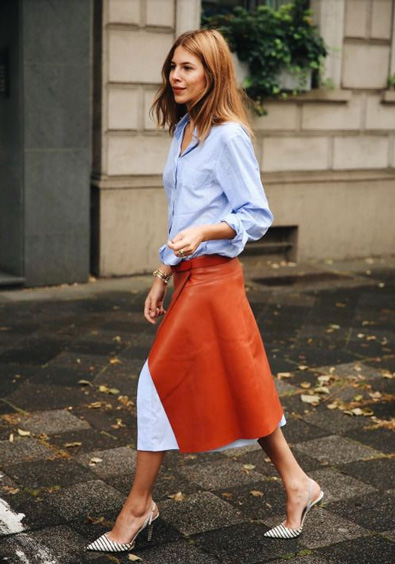 blue button down shirt trend