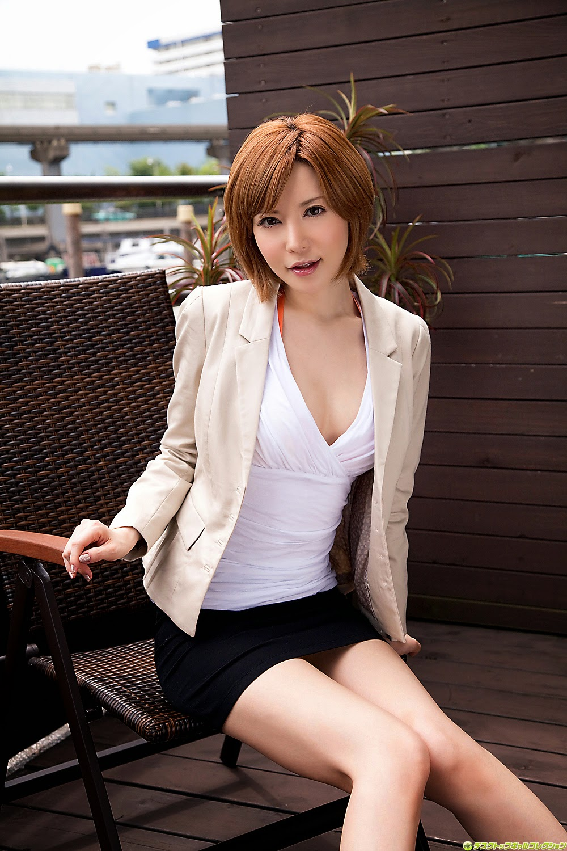 yuria-satomi-00980831