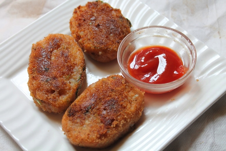 Easy Aloo Tikki Recipe / Aloo Cutlet Recipe