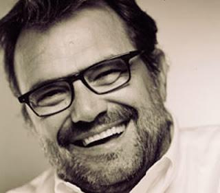 Oliviero Toscani: publicitário com grandes campanhas publicitárias polêmicas.