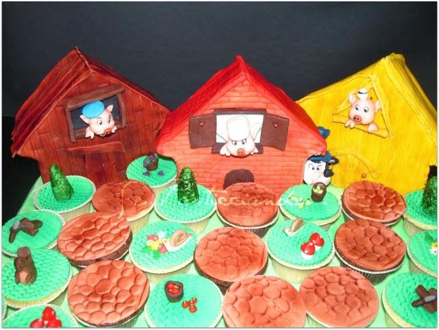 Se pasticciando tre porcellini la torta ed i cupcake
