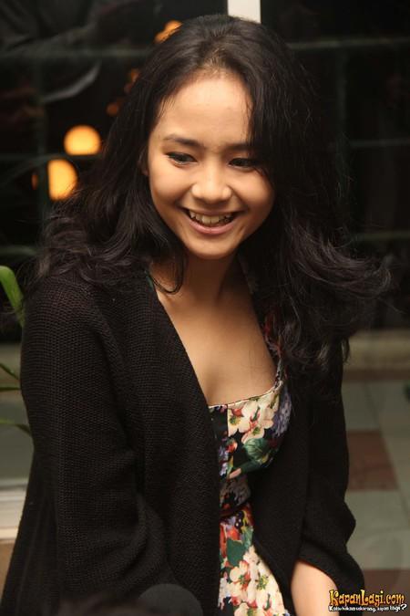 Download image Gita Gutawa Gadis Cantik Artis Top Ten PC, Android