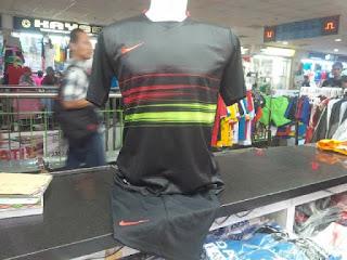Jersey Setelan Futsal warna hitam terbaru musim 2015/2016 enkosa sport jual online jersey futsal terbaru