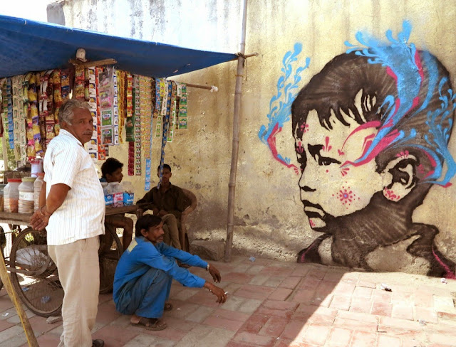 Colombian Street Artist Stinkfish Visits India Where He Dropped Several new Pieces. 1