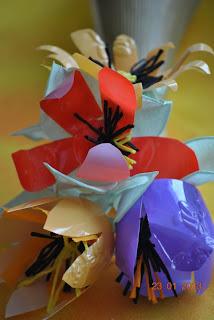 kwiaty z opakowań recycling
