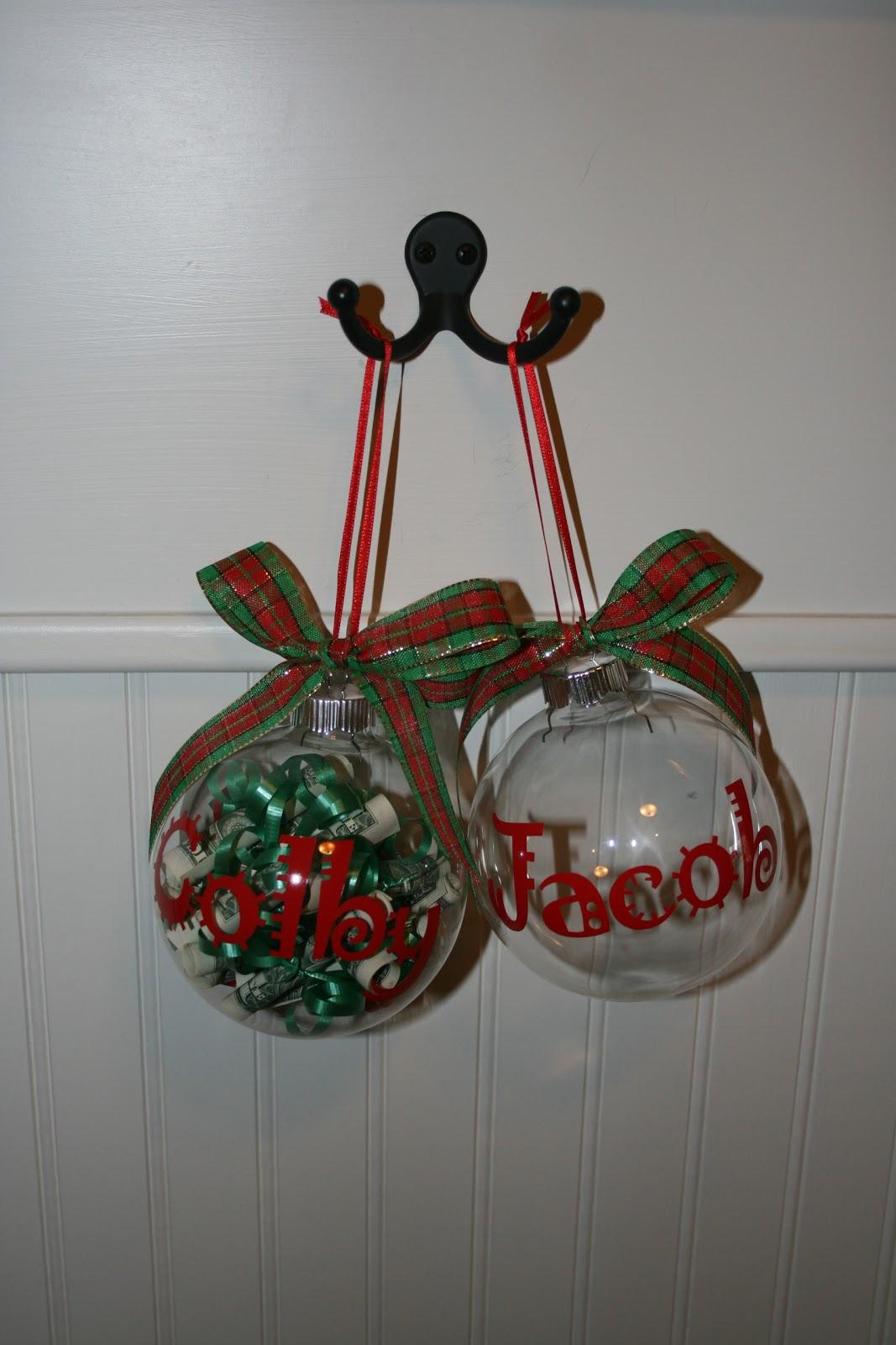 Family Mementos: Christmas Money Ornaments