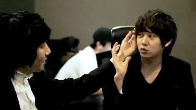 Kim Jang Hoon Heechul Breakups Are So Typical of Me stroke hair