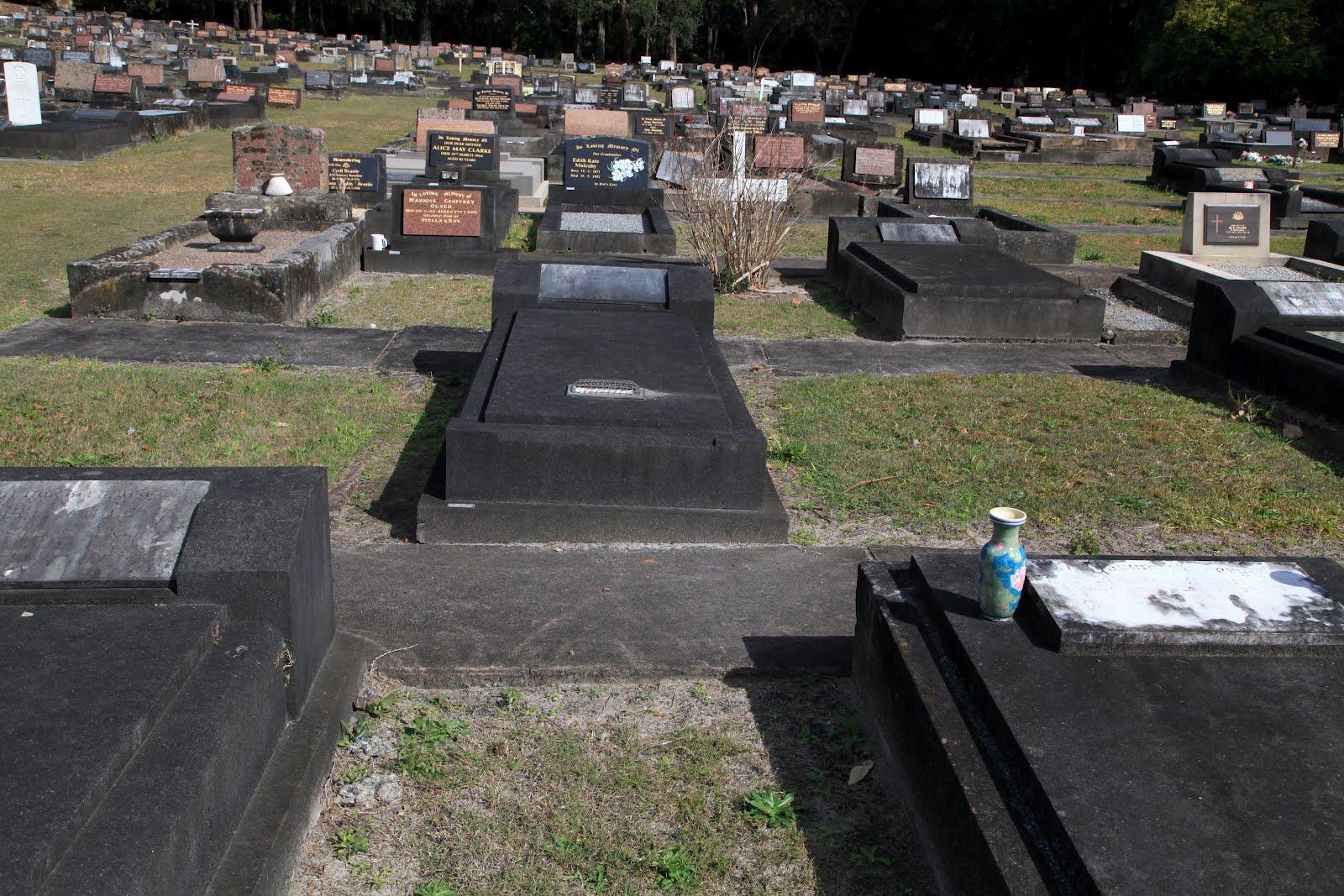 Sydney Eye Taphophile Tragics Hen Wlad Fy Nhadau