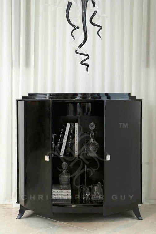 Mueble bar en lacado en negro