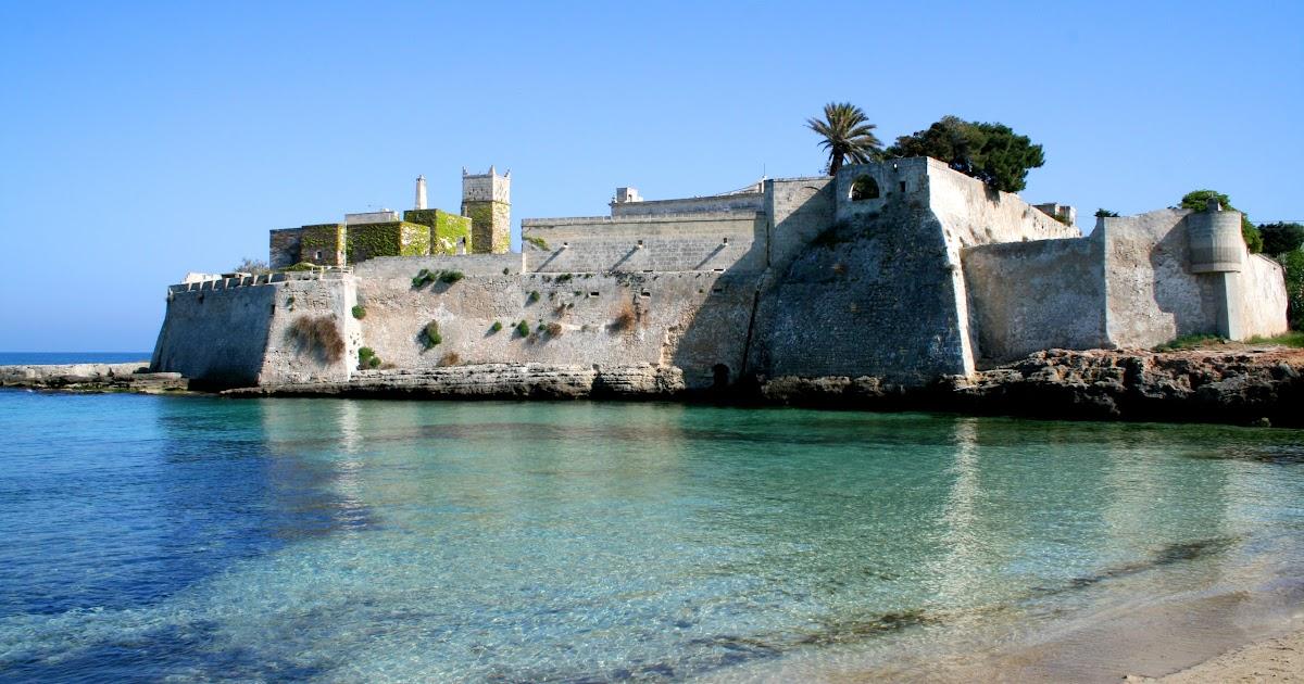 Matrimonio Spiaggia Monopoli : Vacanze a monopoli bandiere blu premiate e