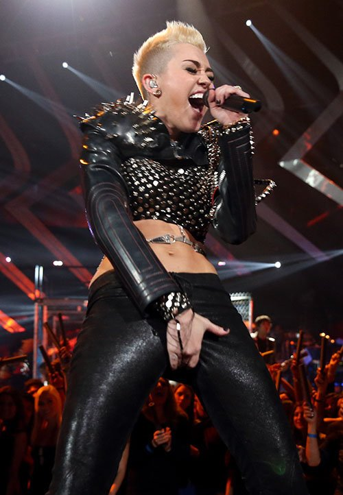 Miley Cyrus en VH1 Divas 2012 Miley-diosa-diva-005