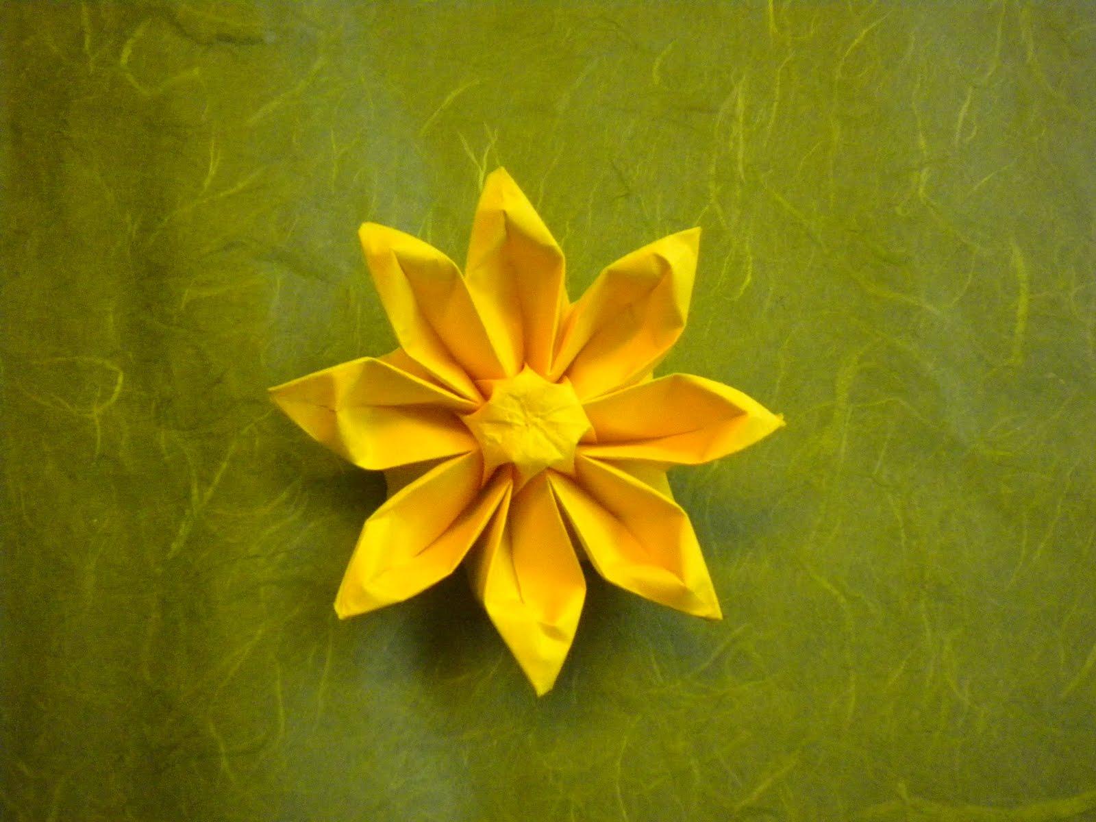 jonquille origami facile