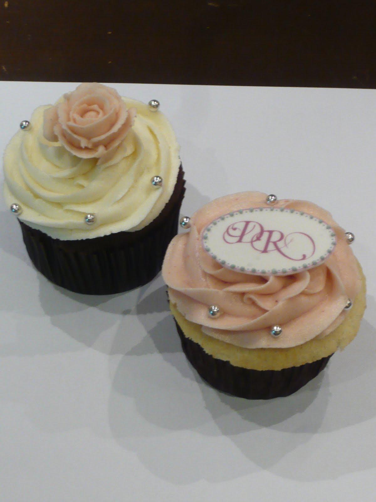 Sift: Customized wedding cupcakes