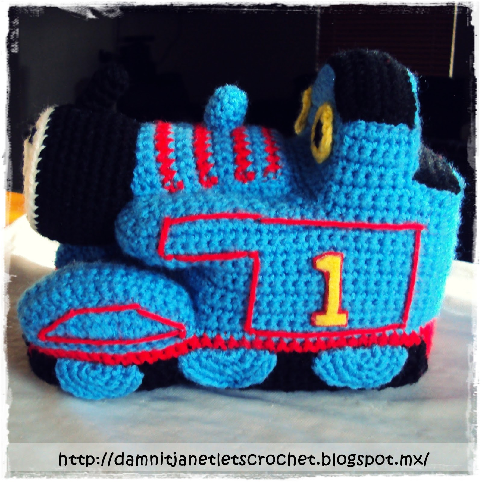 damn it Janet, lets crochet!: Thomas beanie and amigurumi
