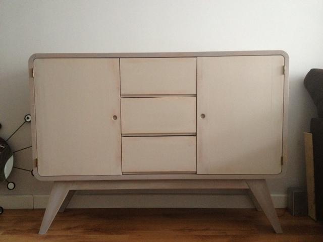 ya os hemos hablado de nuestro gran catlogo de mueble que podemos pintar a vuestro gusto y en sta ocasin el encargo fu un mueble de estilo vintage