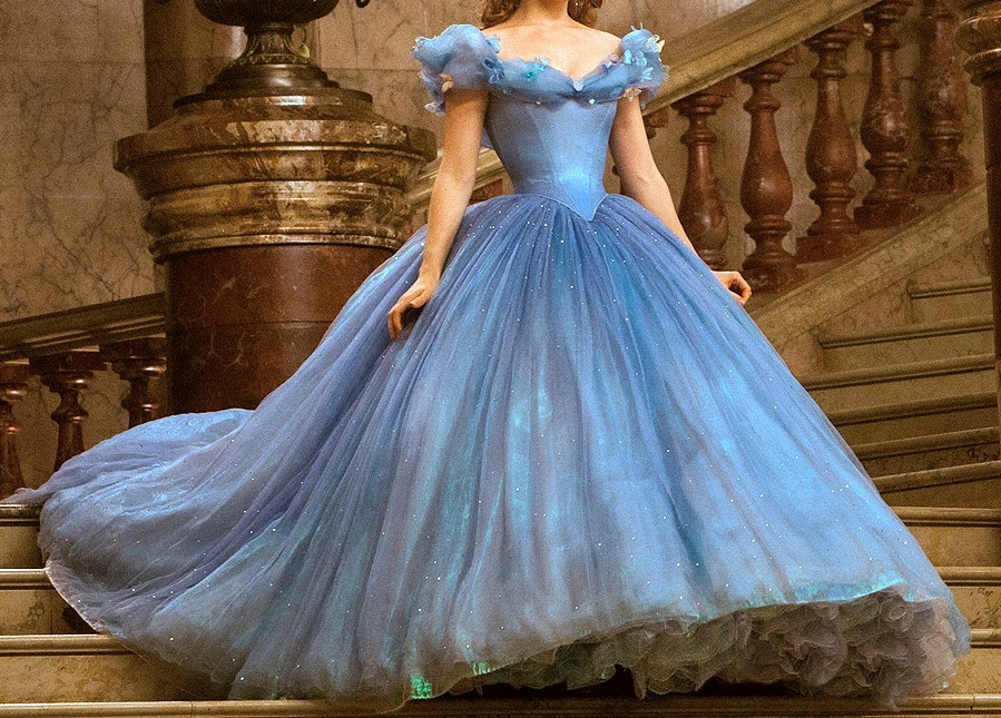 An Old Fashioned Girl: The Ball Gown Game