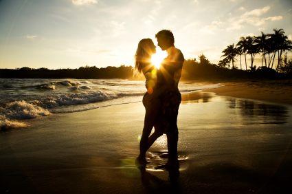 4 Tips Membuat Cewek Jatuh Cinta