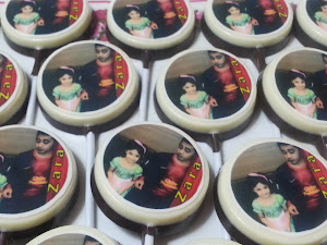CUSTOMIZED EDIBLE IMAGE LOLLY