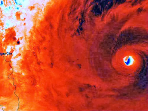 Olho do tufão Haiyan