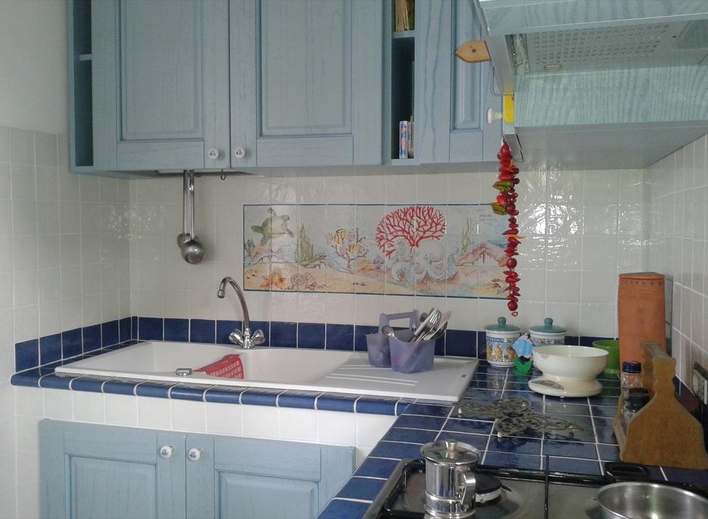 Vico condotti cucine e bagni in muratura - Cucina al mare ...