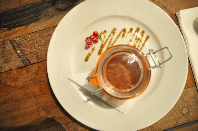 Waterline+Bar+Restaurant+Regents+Canal+review+London+chocolate+mousse
