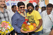 Real Star Srihari Birthday Celebrations Photos Stills-thumbnail-6