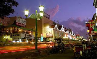 Jalan Malioboro, Yogyakarta, night life in Malioboro