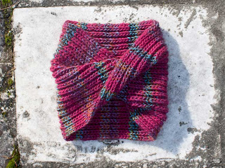 """alt=""""brioche stitch, ponto inglês, infinity scarf, gola, knitting, tricot"""""""