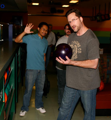Gotprint employees bowling at bowling night