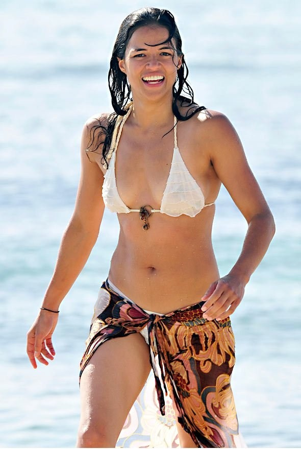 Michelle Rodriguez looking hot