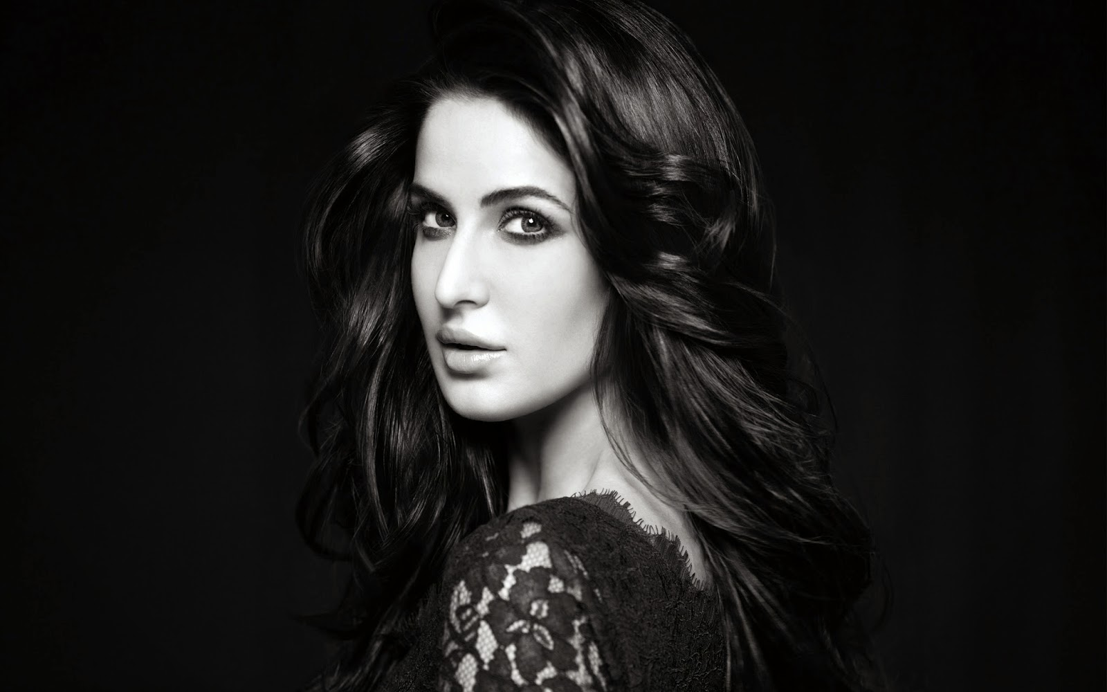 The Most Beautiful Celebrities In The World - Moi Tres Jolie