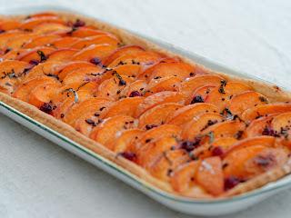 Tarte aux abricots et au basilic