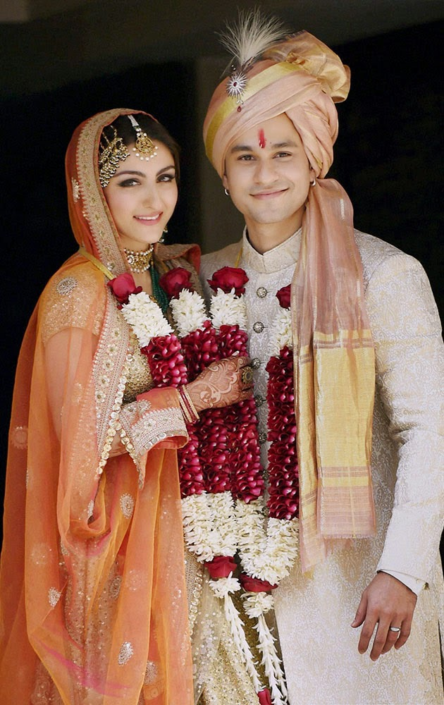 soha ali khan kunal khemu wedding indian fashion