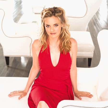 Alicia Silverstone Hairstyles Pictures, Long Hairstyle 2011, Hairstyle 2011, New Long Hairstyle 2011, Celebrity Long Hairstyles 2134