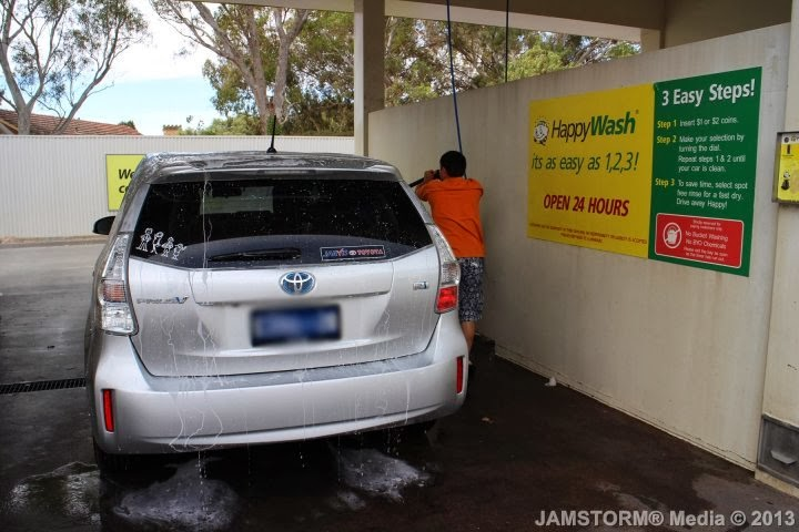 Just blogging adelaide journals 2013 diy car wash at bp on the run the other self services provided at bp is putting air on your tires which is for free like any gas station out there and putting gas on your car where in solutioingenieria Image collections
